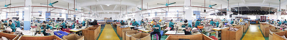 China Guangzhou leather hand bag products workshop