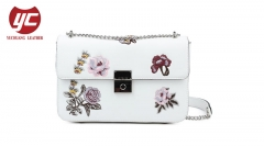 Embroidery ladies crossbody bag